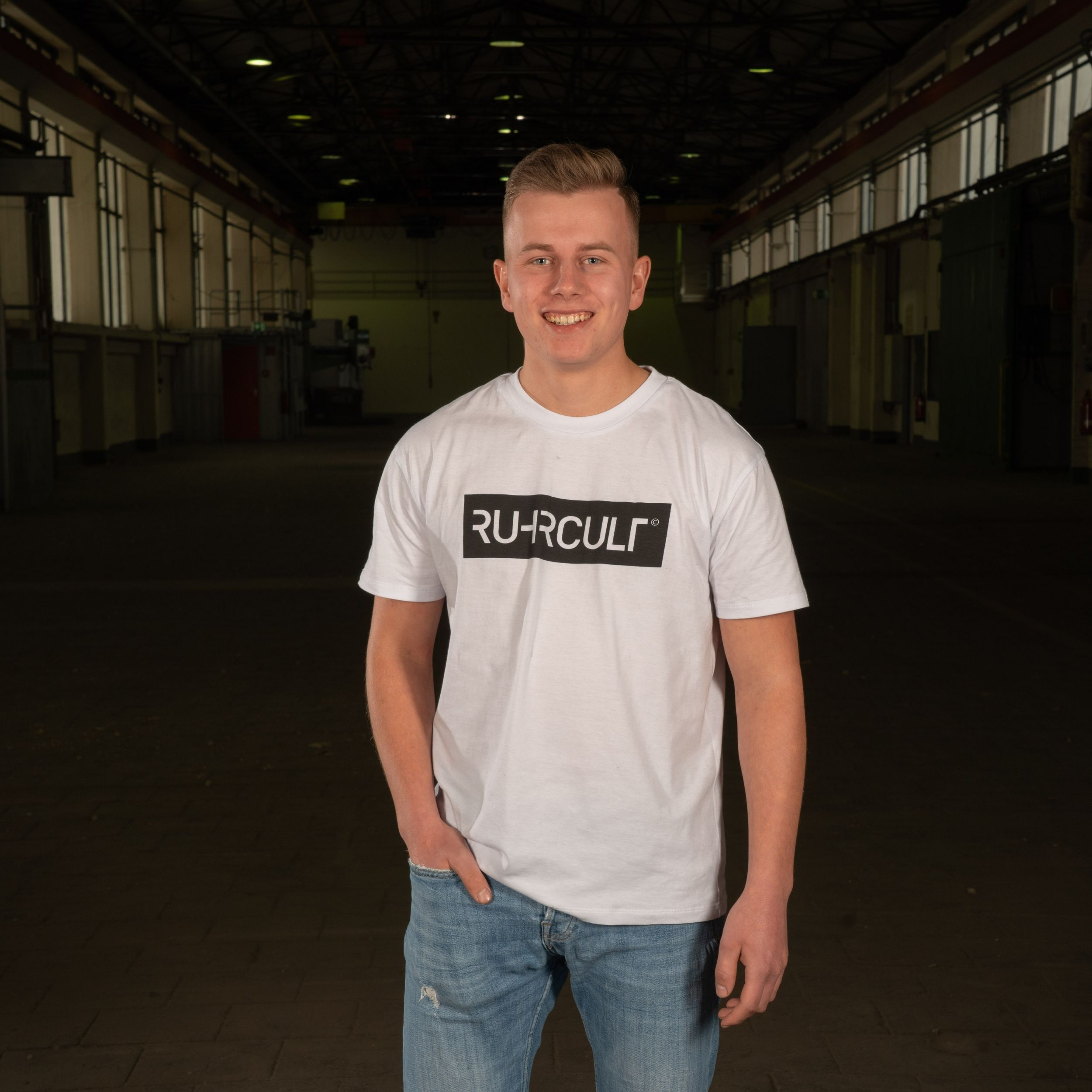 RUHRCULT Herren Basic T-Shirt mit Branded Frontprint